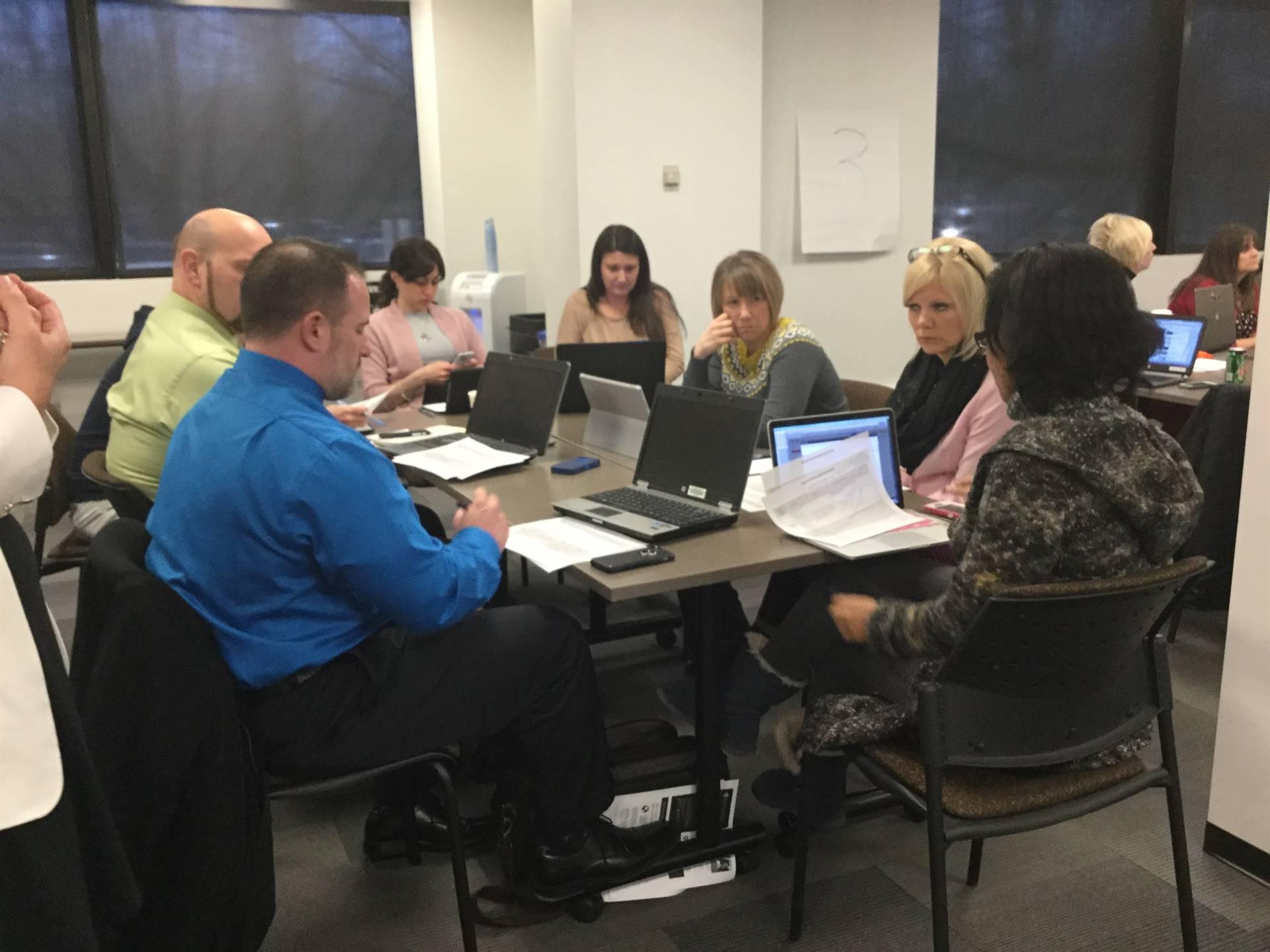 Community School Leaders Sharing Knowledge